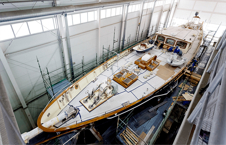 Conrad Classic Refit S/Y Malcolm Miller during final stages of outfitting in its production call.