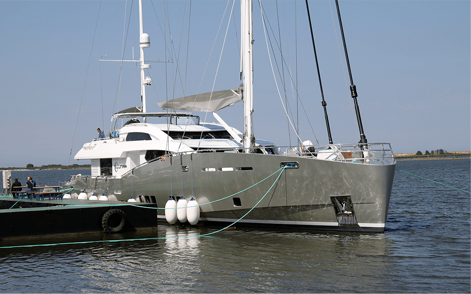 Conrad C115 S/Y Lunar going through final servicing works before leaving the shipyard.