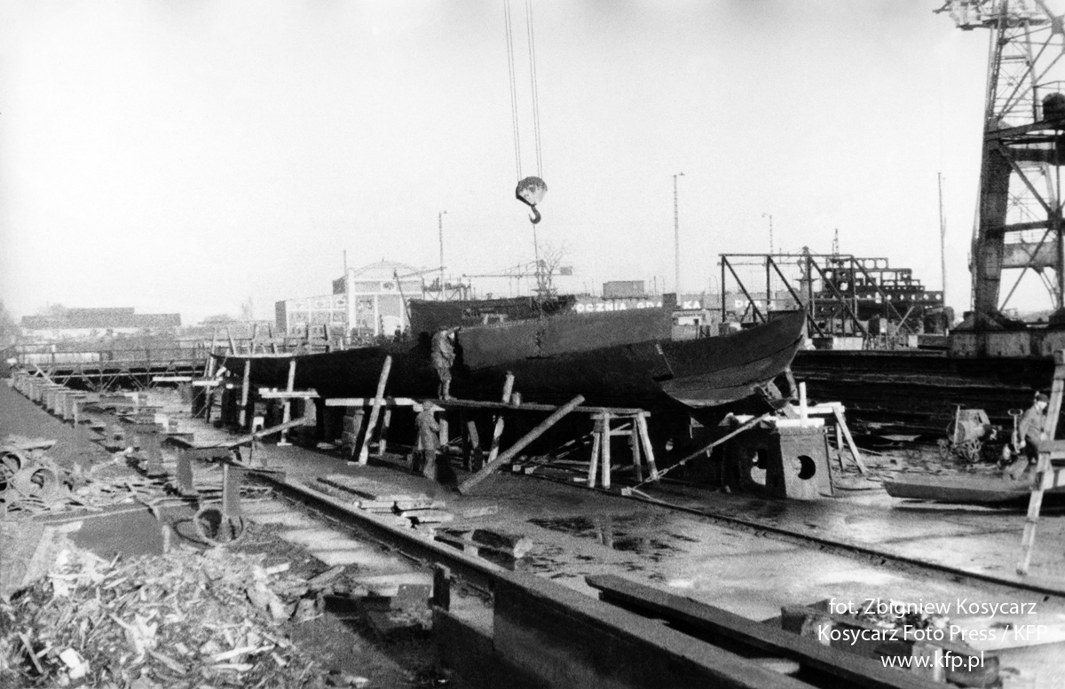 Ship hull production in the Gdansk Shipyard in the first half of the 19th Century.